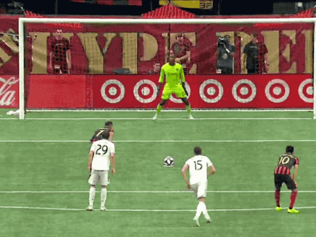 Josef Martínez's Hideous Penalty Kick Run-Up Ends In Humiliation