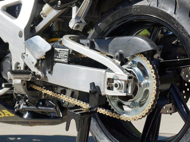 Εδώ είναι πώς να αντικαταστήσετε μια αλυσίδα μοτοσικλετών