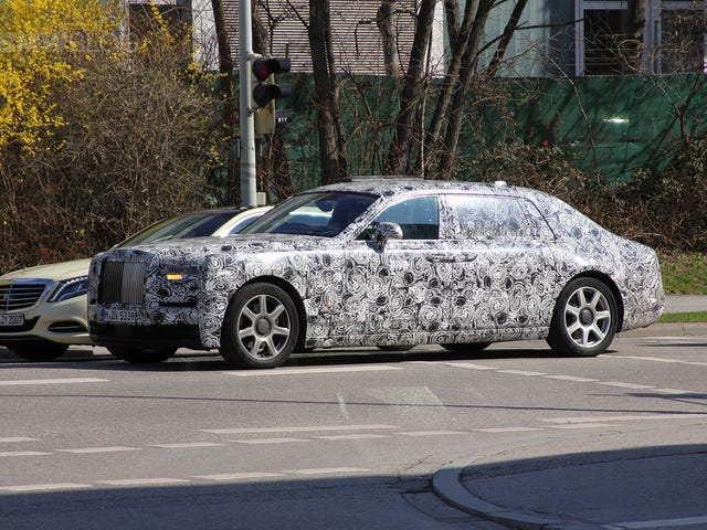 Shouldnt Rolls Royce Be the First to Fully Autonomous Production Cars?