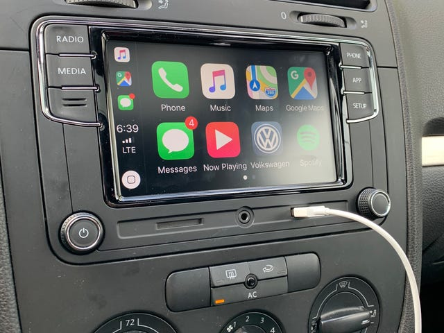 I Installed Apple CarPlay in my 2007 GTI for Less Than $200