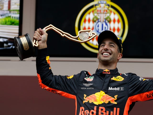 Kenapa Daniel Ricciardo Memecah Bebas Red Bull