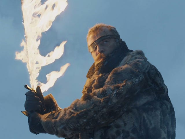Here's Everything That Happens In The Latest Leaked Episode Of <i>Game Of Thrones</i>, Which Is Bananas