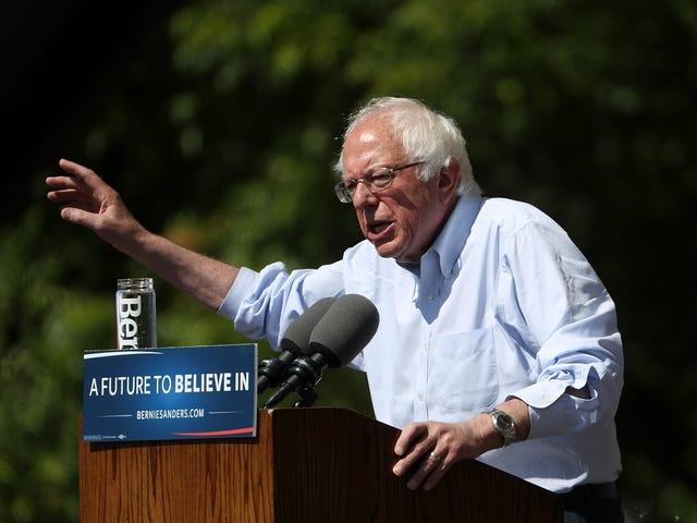 Bernie Fuck Out Olmalı