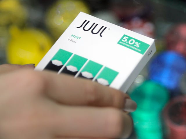 Juul's $13 Billion Deal With Marlboro Maker Isn't Sitting Well With the FDA