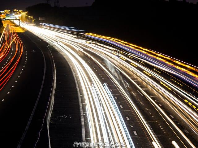 Desafío de tiro: Senderos de luz de coche