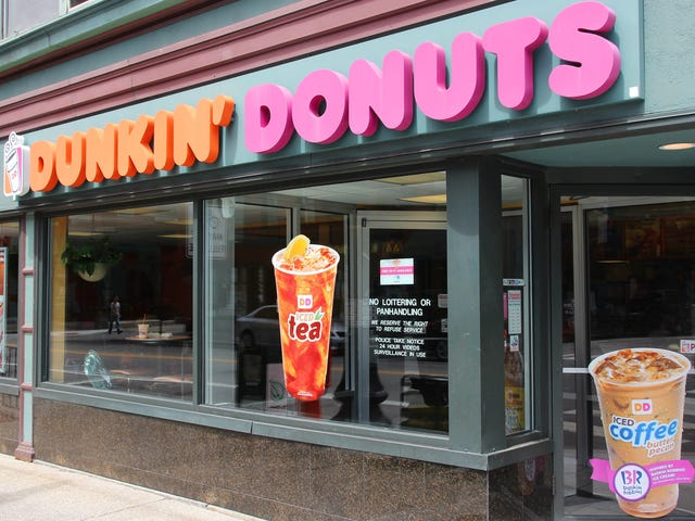 "<a href=""https://thetakeout.com/dunkin-begins-dropping-donuts-from-its-name-1828654286"" data-id="""" onClick=""window.ga('send', 'event', 'Permalink page click', 'Permalink page click - post header', 'standard');"">Dunkin' begins dropping Donuts from its name<em></em></a>"