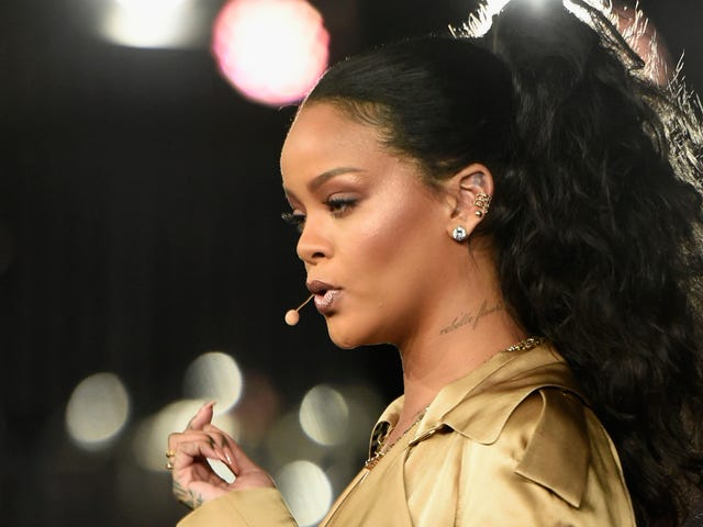Oh, Na-Na, What's Her Name: Rihanna Sues Her Father Over Unauthorized Solicitation