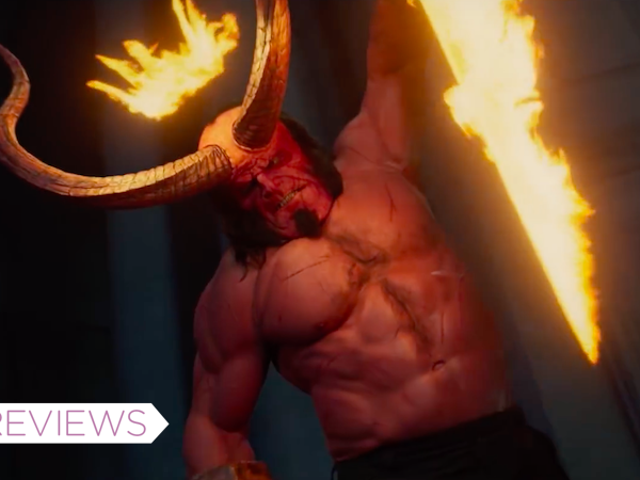 Los cuernos empapados de sangre de <i>Hellboy</i> son demasiado apagados como para dejar una gran impresión