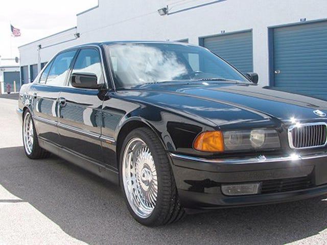 Ang Bizarre War Over Tupac's BMW