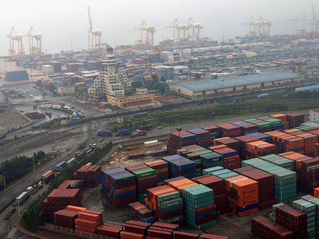 เรือบรรทุกสินค้าอเมริกาที่ล้มเหลวในการเอาชนะภาษีถั่วเหลืองขณะนี้กำลังลอยอยู่กลางทะเลอย่างไร้จุดหมาย