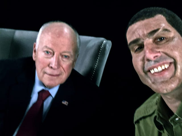 Sacha Baron Cohen afslører, at han filmet et interview, der var for grusomt, også for <i>Who Is America?</i> <em></em>