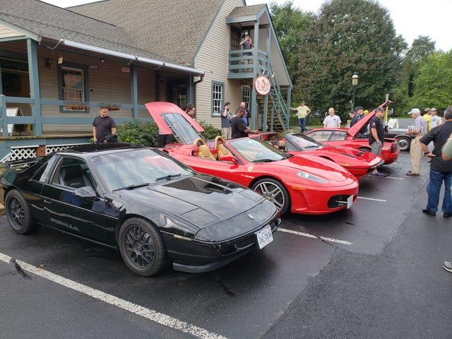 En fin samling av mittmotorsportar