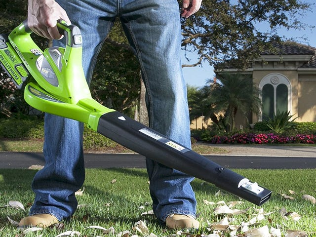 Autumn Will Be Here Eventually, And You Can Be Prepared With These GreenWorks Blowers