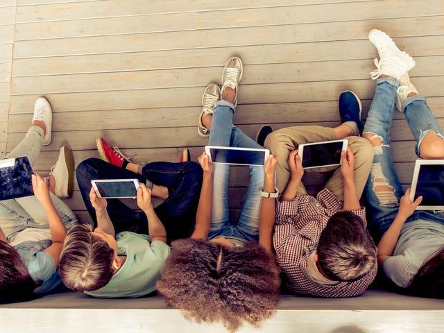 ¿Cómo navegas por las fechas de juego cuando eres una familia 'sin dispositivos'?