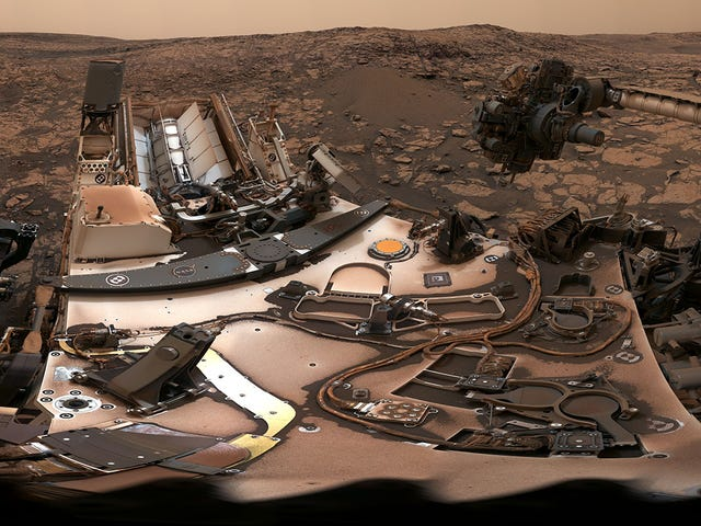 NASA's Curiosity Rover Takes a Stunning Selfie Under Dusty Martian Skies