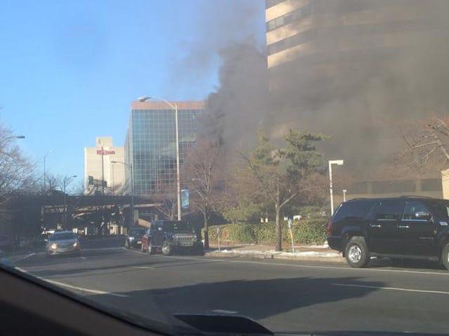 C'è il fuoco fuori dal mio ufficio