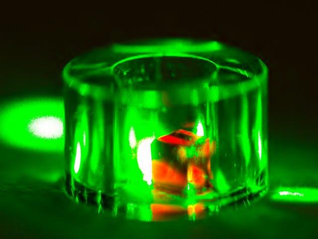 Ny rom-temperatur Maser bruker merkelig diamant for å lykkes der andre mislyktes