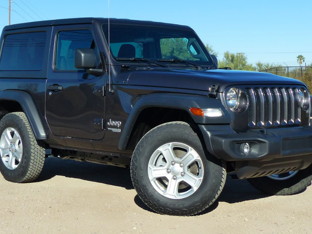 The Four-Cylinder 2018 Jeep Wrangler's 24 MPG Makes It The First Not To Kill Your Wallet