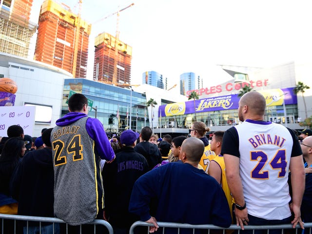 Uh Oh: This Meaningless NBA Ranking Has Kobe Bryant Fans, The Biggest Losers In The World, Up In Arms