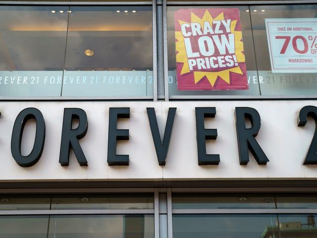 Forever 21 anuncia pedido de falência e planeja fechar mais de 100 lojas nos EUA