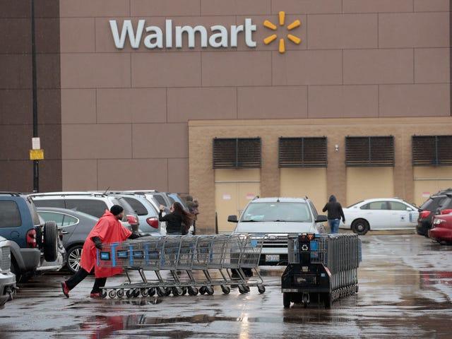 Không, Walmart không nói với các cửa hàng của mình để xóa các trò chơi video bạo lực
