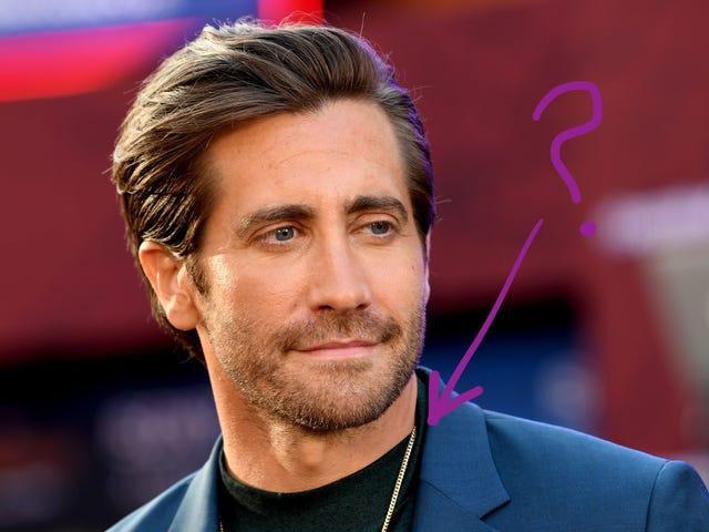 Jezebel investiga: ¿Cuándo comenzó Jake Gyllenhaal a usar una pequeña cadena de oro?