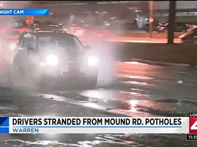 News Crew Films A Pothole Blow Out The Tires Of 19 Cars