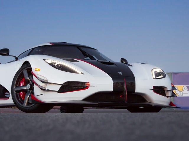 Αφήστε τον Koenigsegg να εξηγήσει τη διαφορά ανάμεσα στα βάρη και τα μέτρα