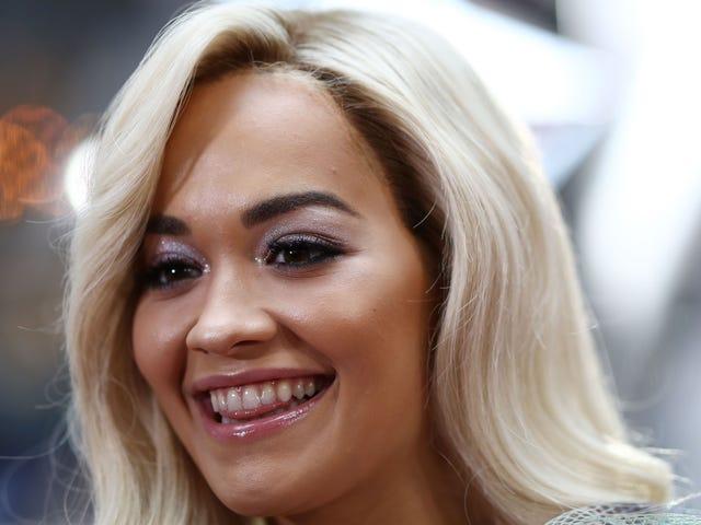 Rita Ora rapporterte dating Andrew Garfield