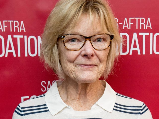 Jane Curtin Wants to Kill the Republican Party in 2019