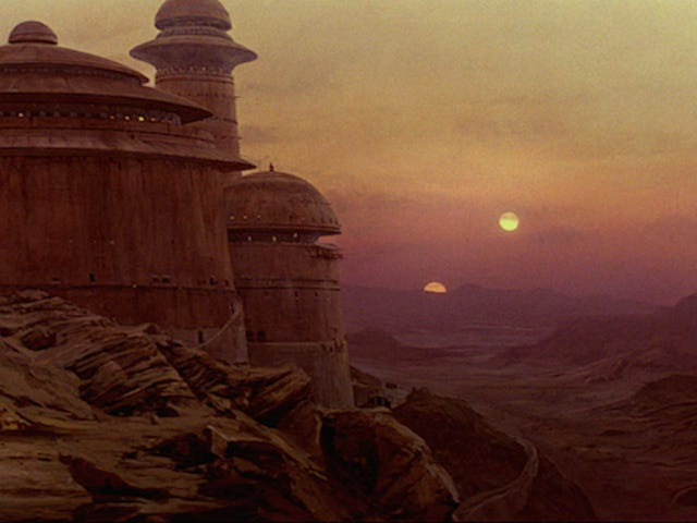 A Star Wars Production Designer Says a Now-Halted Spinoff Was Headed to Tatooine