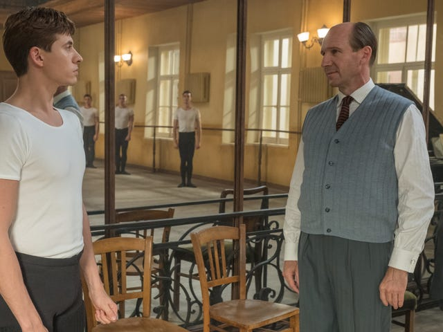 Ralph Fiennes' ballet biopic The White Crow can't find its footing