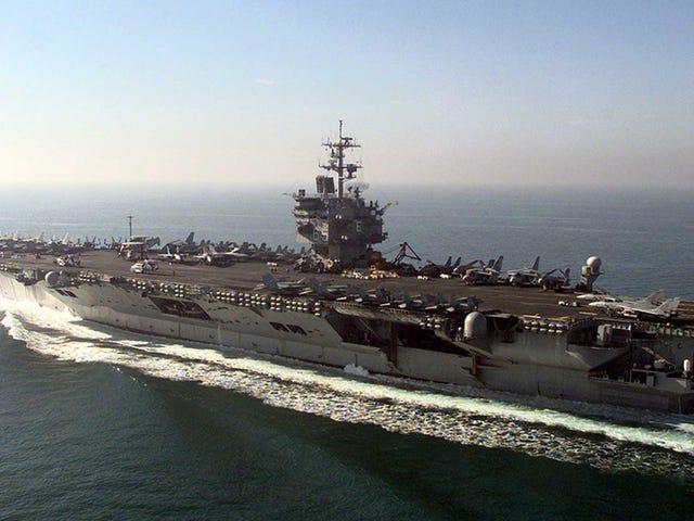 El ejército de Estados Unidos ha descubierto que desmantelar un portaaviones es una pesadillla