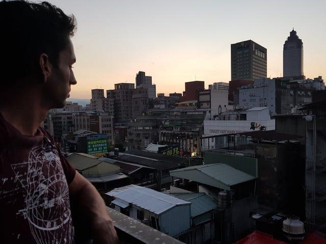 American Twitch Streamer Taiwan verlaten Na Doxxing, Intimidatie