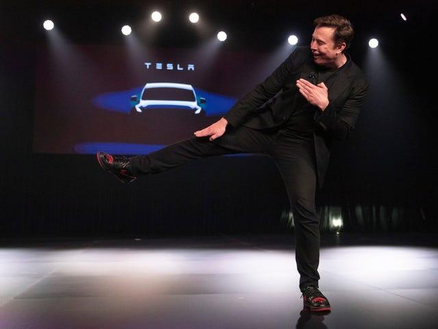 Tesla ahora vale más que GM y Ford combinados, pero hay más que eso