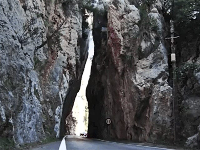 Are Two Dead-Ends In Majorca The Greatest Driving Roads In The World?