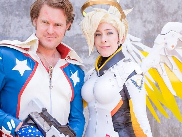 An Overwatch (Cosplay) Love Story