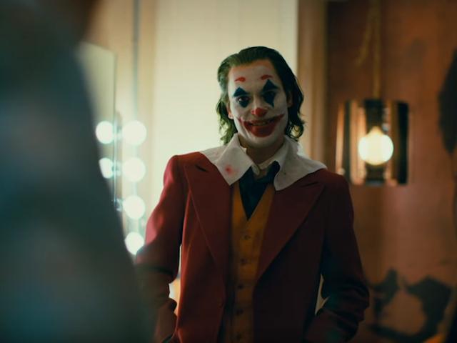 Warner ya trabaja en una secuela de Joker con Todd Philips y Joaquin Phoenix