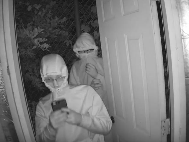 Un par de bribones traviesos en Michigan piratearon una cartelera electrónica para reproducir pornografía