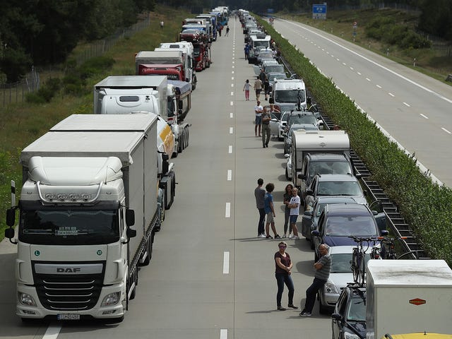 Climate Experts Target Unlimited Autobahn, German Gov't Flips Out