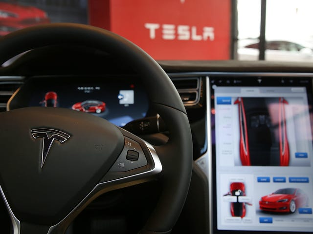 Tesla Owners Would Get $20 To $280 In Proposed Autopilot Lawsuit Settlement: Report