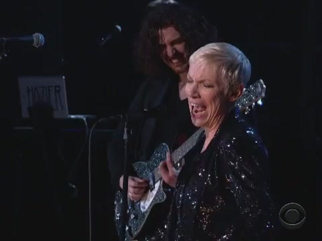 Annie Lennox Brought Down the House With 'I Put A Spell On You'