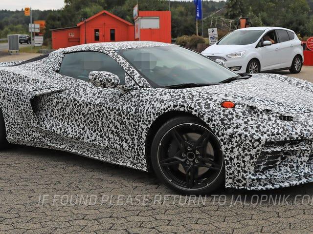 Tässä on tonni uusista valokuvista Mid-Engine Corvette <em></em>