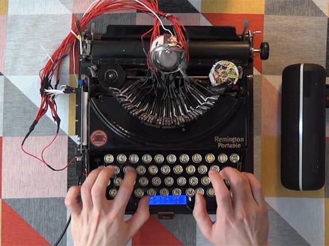 Bu Adam 90 Yaşındaki Bir Daktiloyu Bir Davul Makineye Çevirdi ve Fantastik Kulağa
