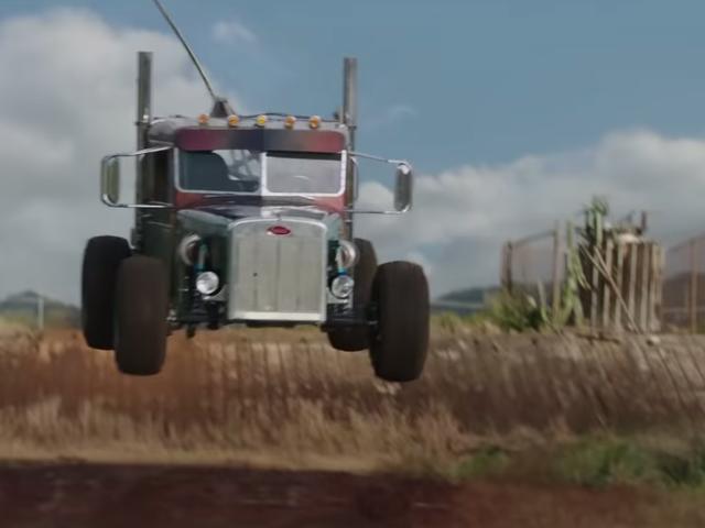 Нові машини Fast & Furious героя позашляхові