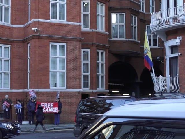 Ecuador Just Cut Off Julian Assange's Internet, Says He Meddled in International Affairs