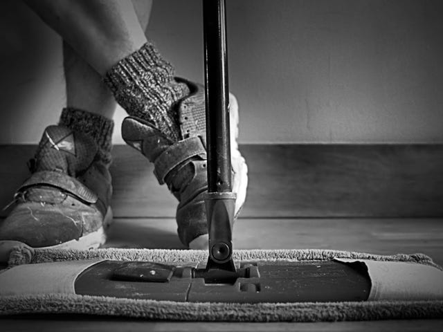How to Clean Your House Like a Professional Housekeeper