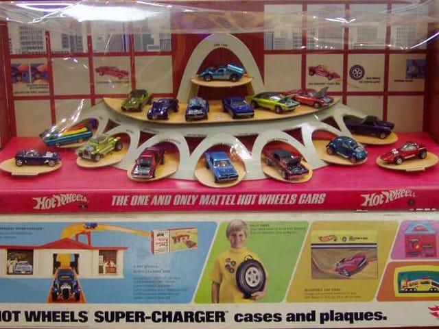 Hot Wheels 50th Anniversary 16 Cars Display Set