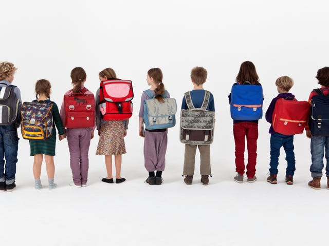 How to Protect Your Kid's Back from Too-Heavy Backpacks