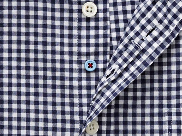 "Forget ""Untuckables""; Tweener Buttons Are the Real Innovation in Men's Button-Downs"
